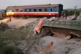Vụ lật tàu hỏa: Tạm đình chỉ công tác hai nhân viên gác chắn
