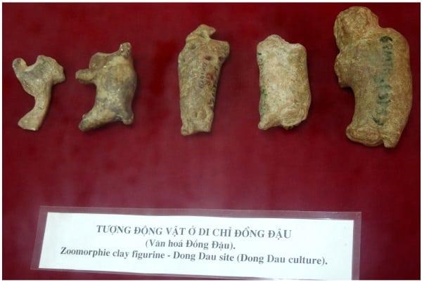 Những bức tượng sơ khai nhất của người Việt cổ