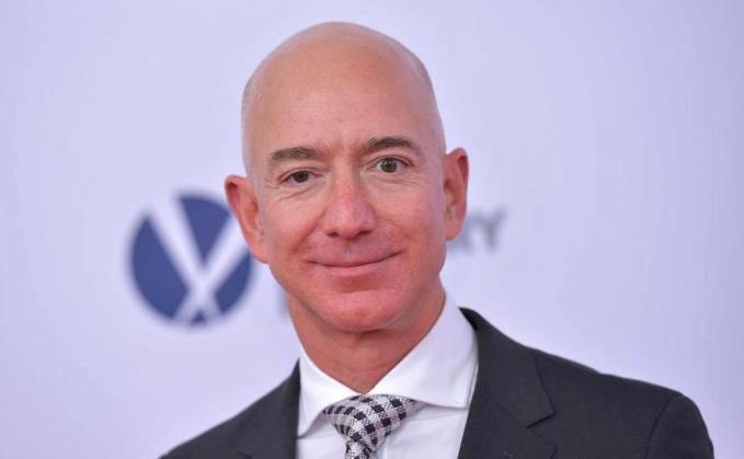 Tỷ phú Jeff Bezos: đế chế Amazon