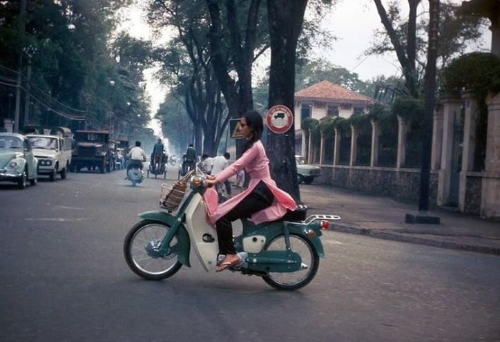 Hồng Thập Tự - Một trong vài con đường xưa nhất Sài Gòn hoa lệ
