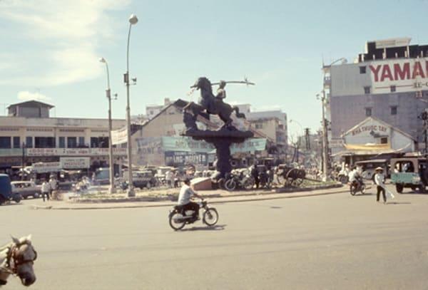 Sài Gòn xưa: Hồi ức ngã sáu đường Phù Đổng Thiên Vương