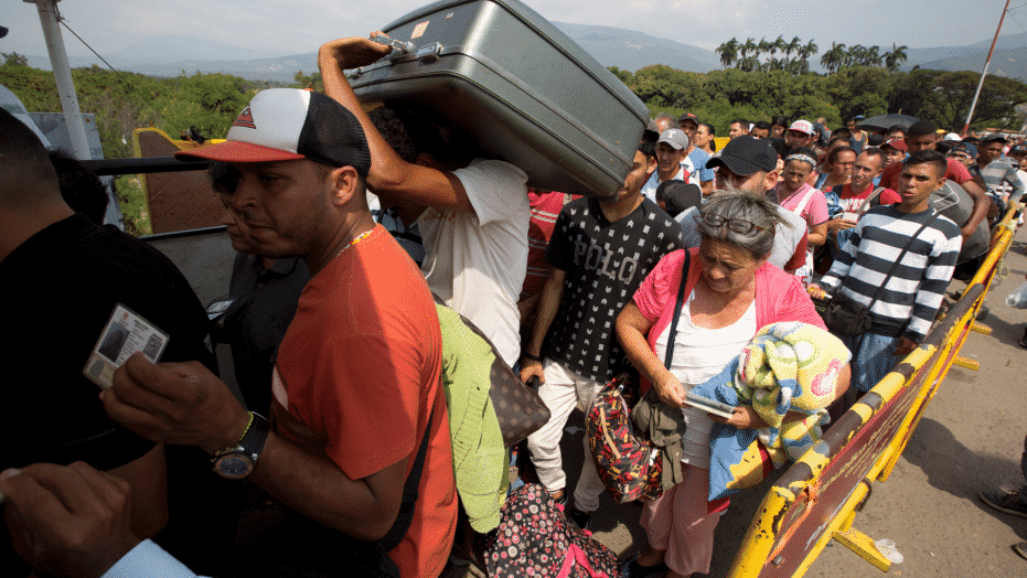 khung hoang di cu Venezuela