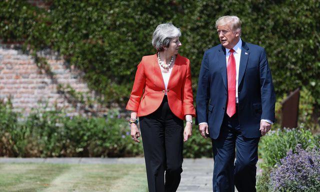 Theresa May va Doanal Trump