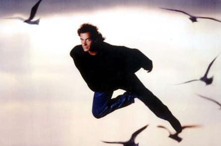 Vì sao một số người tu luyện có thể bay lên khỏi mặt đất?