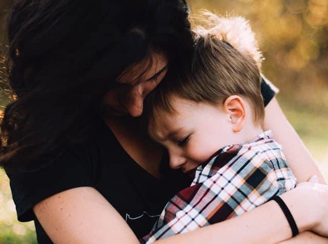 8 câu cha mẹ cần hỏi khi trẻ phạm lỗi, nổi giận không phải là yêu thương con