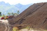 Xin khai thác 100.000 tấn quặng sắt bán cho Trung Quốc
