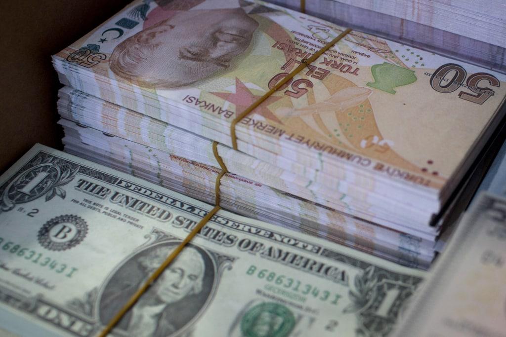 Lira-USD