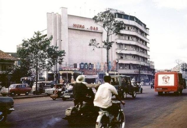Sài gòn xưa: Câu chuyện lập nghiệp của ông chủ Rạp Hưng Đạo xưa