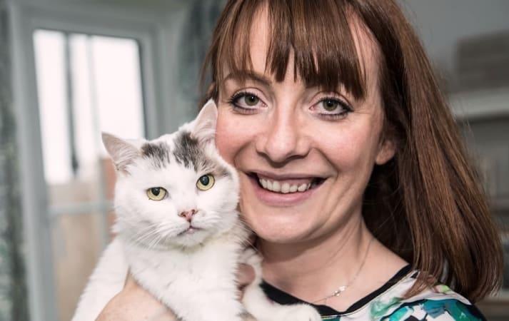 """Chú mèo được bình chọn là """"tuyệt vời nhất của năm"""" ở Anh"""