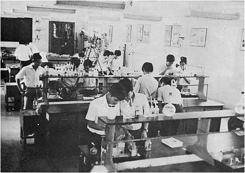 Chuyện một cậu học trò nghèo dưới nền giáo dục Việt Nam Cộng Hòa