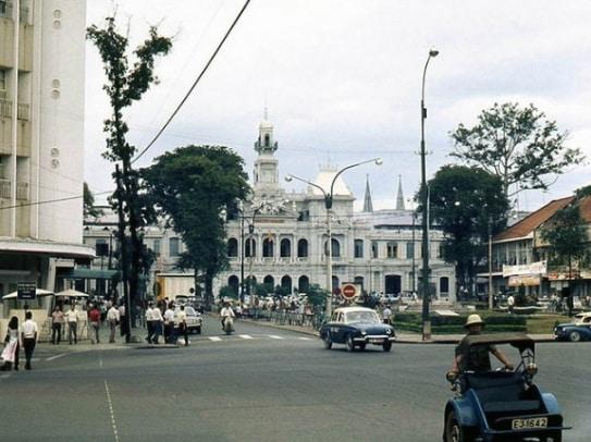 Lịch sử đường Nguyễn Huệ