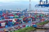 Doanh nghiệp Việt đang chịu gánh nặng chi phí logistics rất lớn. (Ảnh: Shutterstock)
