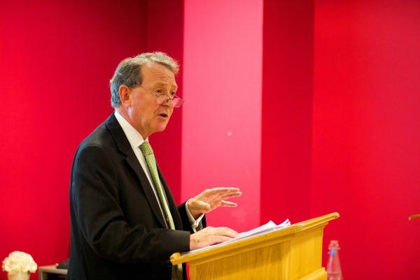 Nghị viện Anh: Tường trình lần 3 về thu hoạch nội tạng và triển lãm thi thể