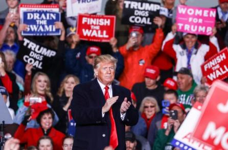 Bầu cử giữa nhiệm kỳ thúc đẩy quyền lực cho TT Trump?
