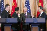 Mỹ hối thúc Trung Quốc ngừng quân sự hóa Biển Đông
