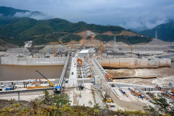 """LHQ: Lào đang ưu tiên """"Vành đai & Con đường"""" hơn người dân"""