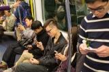 Vì sao điện thoại di động lại hủy hoại mối quan hệ của chúng ta?