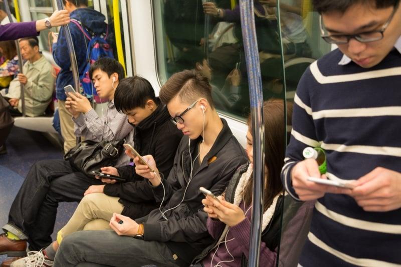 tác hại của điện thoại di động, điện thoại di động