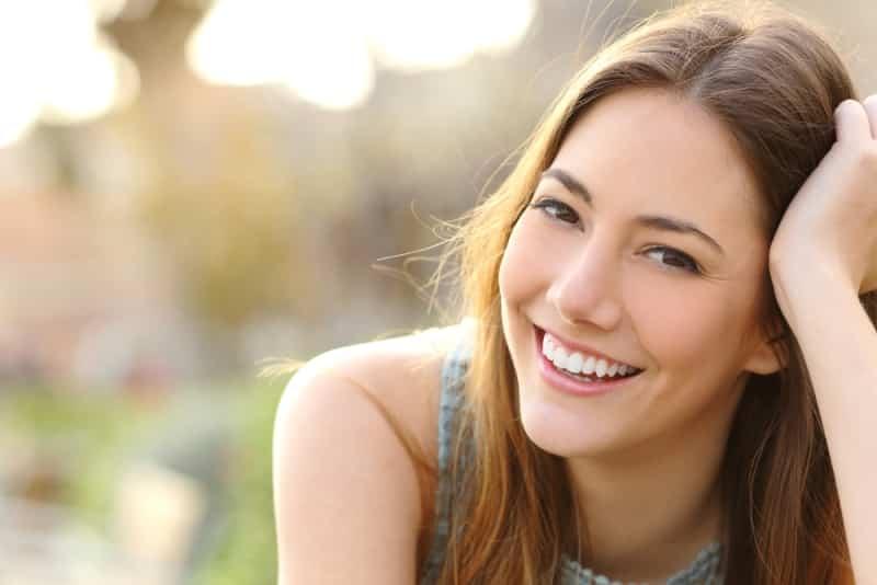 Hãy cố gắng mỉm cười với tất cả mọi người