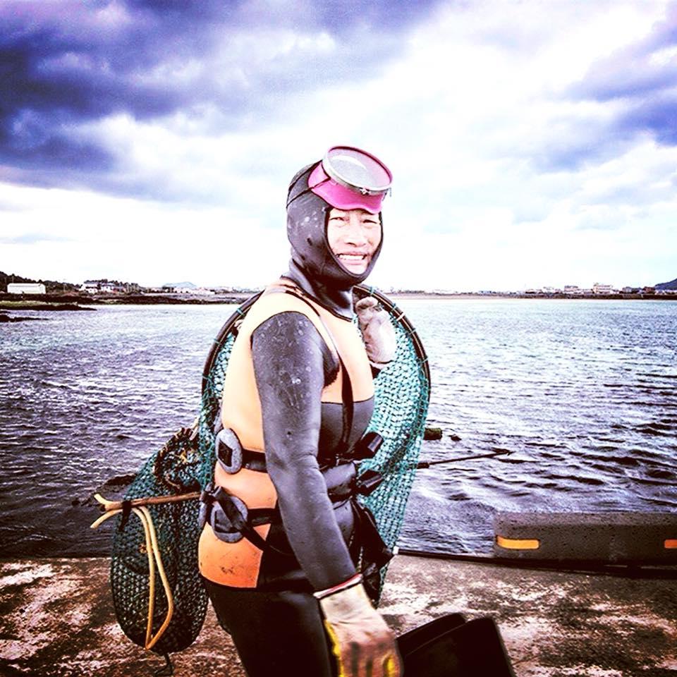 """""""Hải nữ"""" đảo Jeju: Những người phụ nữ của biển cả"""