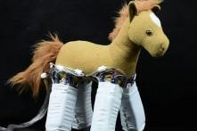 """Được đeo """"lớp áo"""" robot này, đồ vật nào cũng có thể cử động"""