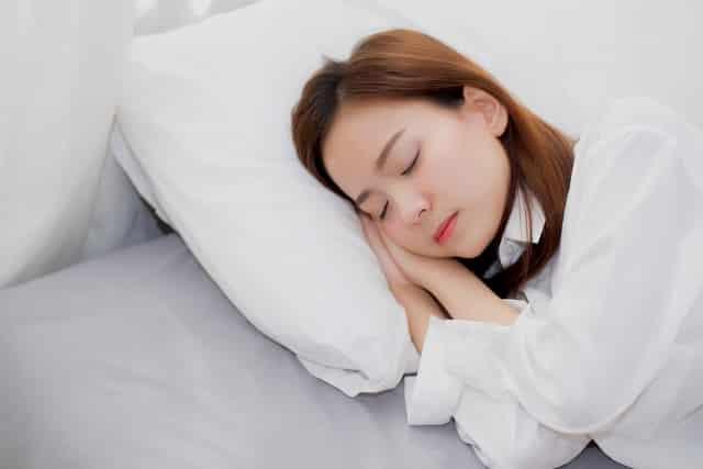 6 điều nhất định phải tránh khi ngủ