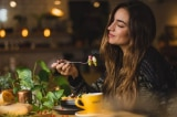 Đâu là thời điểm vàng để ăn bữa tối?