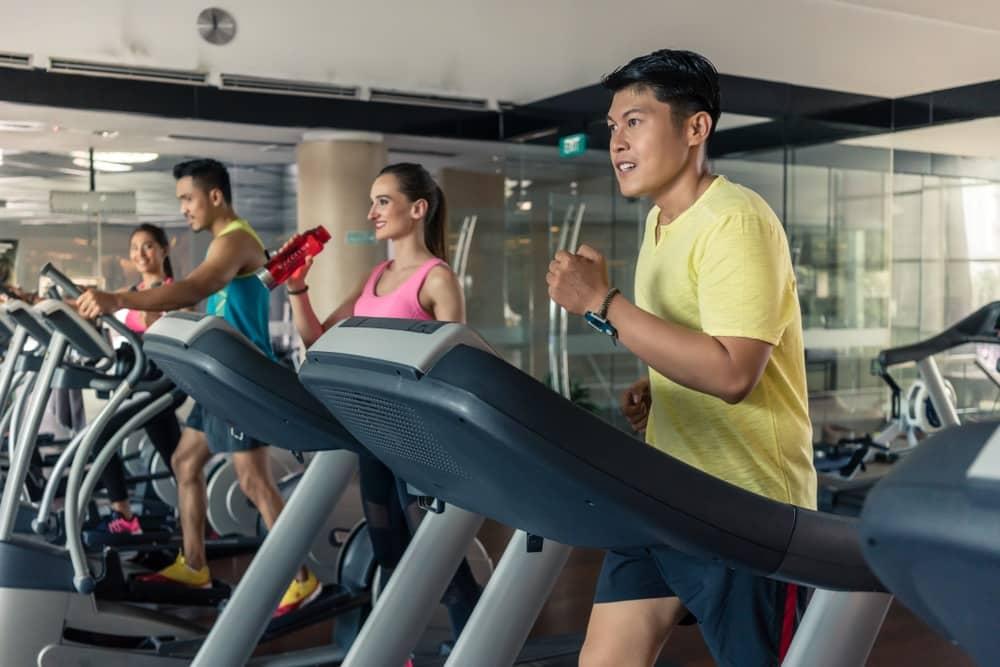 Vì sao đăng ký tập gym dài hạn là một khoản đầu tư rất tệ?