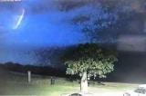 Cảnh sát Úc công bố hình ảnh UFO xuất hiện trong sấm chớp (Video)