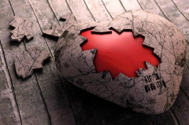 Trái tim bằng đá
