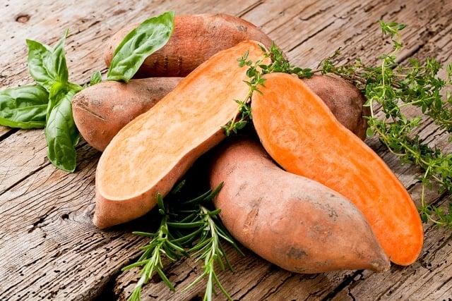 Bật mí 5 loại rau củ chống ung thư tốt nhất, Lợi ích của khoai lang