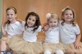 Cảm động 4 bé gái cùng nắm tay nhau vượt qua ung thư