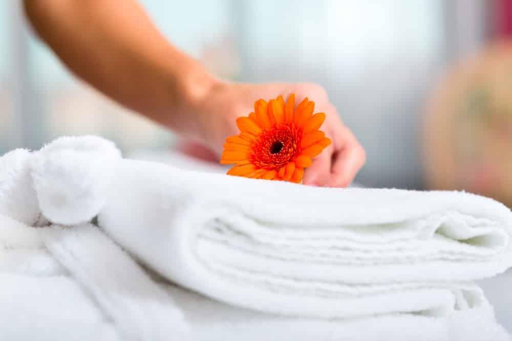 Ứng xử thế nào cho đúng đắn khi trả phòng khách sạn?
