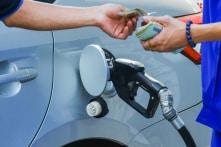 Tăng xả Quỹ bình ổn giá, giá xăng vẫn tăng hơn 900 đồng/lít