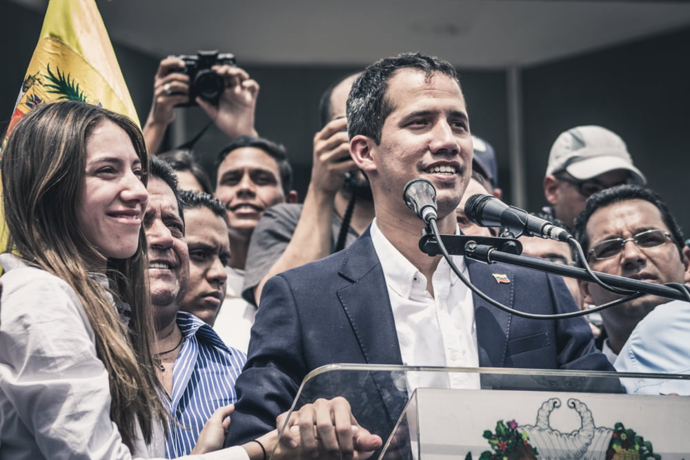 Quốc hội Venezuela tuyên bố tình trạng báo động