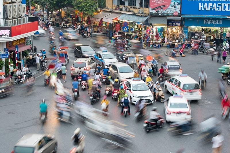 Hạn chế xe máy – Tại sao 15 năm vẫn dừng ở ý tưởng?