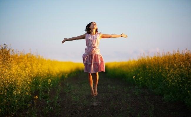 Sống lạc quan và yêu thương sẽ khiến bạn ngày càng xinh đẹp