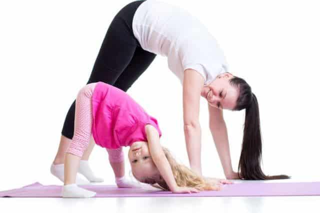 Làm thế nào để cùng tập thể dục với con cái ở mọi lứa tuổi?