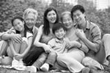 Trong bức ảnh gia đình có bạn không?