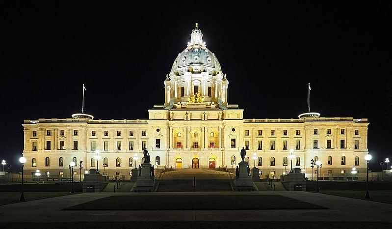 """Minnesota đề xuất nghị quyết chấm dứt """"diệt chủng lạnh và cưỡng bức thu hoạch nội tạng"""""""