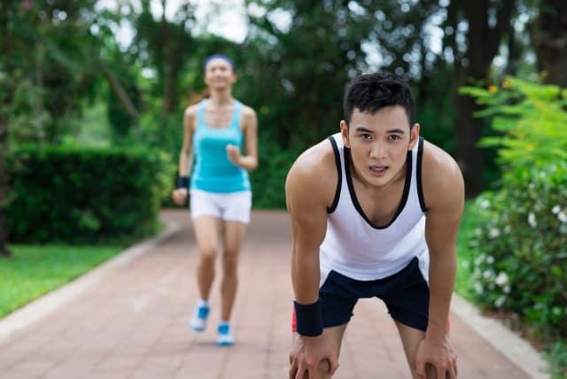 thói quen làm giảm tuổi thọ, tập thể dục quá sức