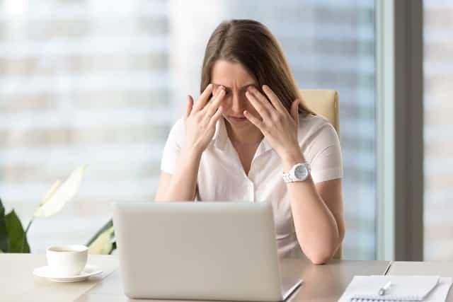 8 cách tự nhiên để đẩy lùi tình trạng khô mắt