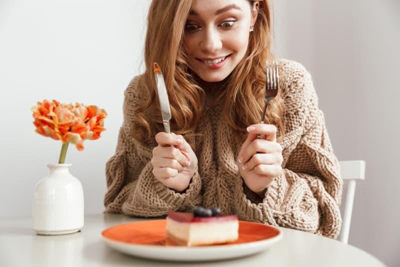 8 dấu hiệu cho thấy bạn đang ăn quá nhiều đường