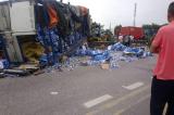 tai nạn thảm khốc, chết do xe tải lật đè