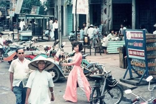 Hẻm phố Sài Gòn