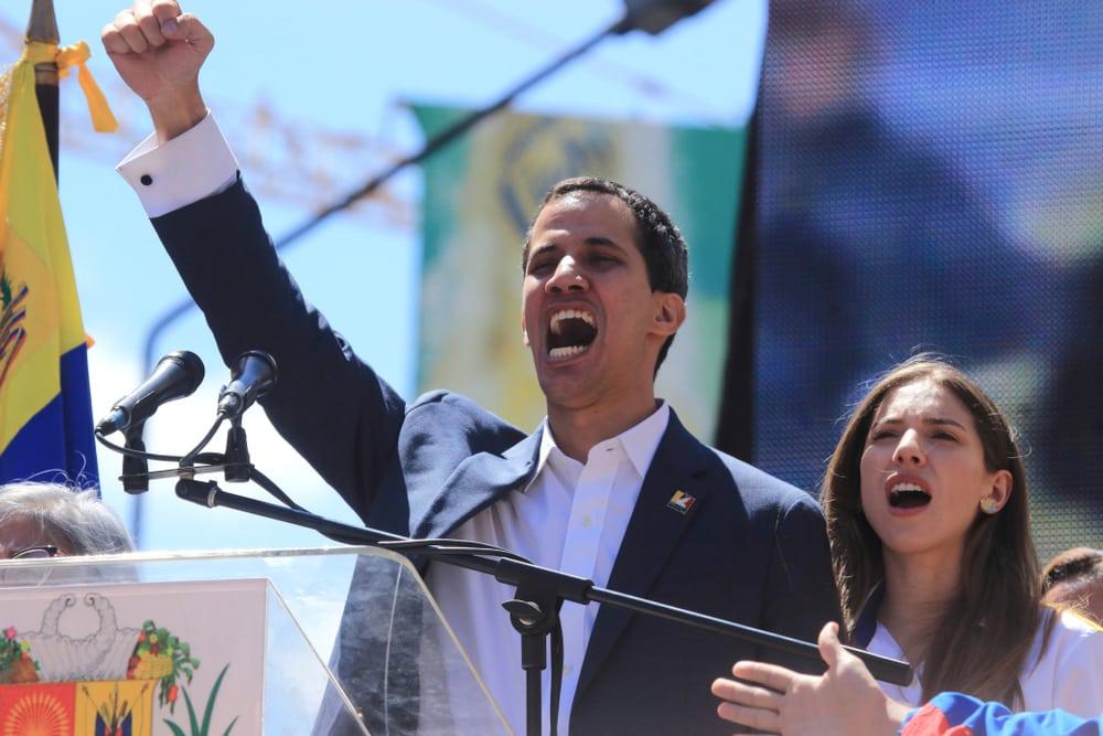 Venezuela tái nhập hiệp ước phòng thủ khu vực