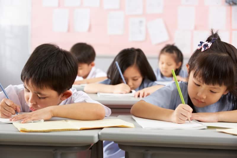 """Vì sao bà mẹ Mỹ cho con tránh xa """"trường tiểu học trọng điểm""""?"""