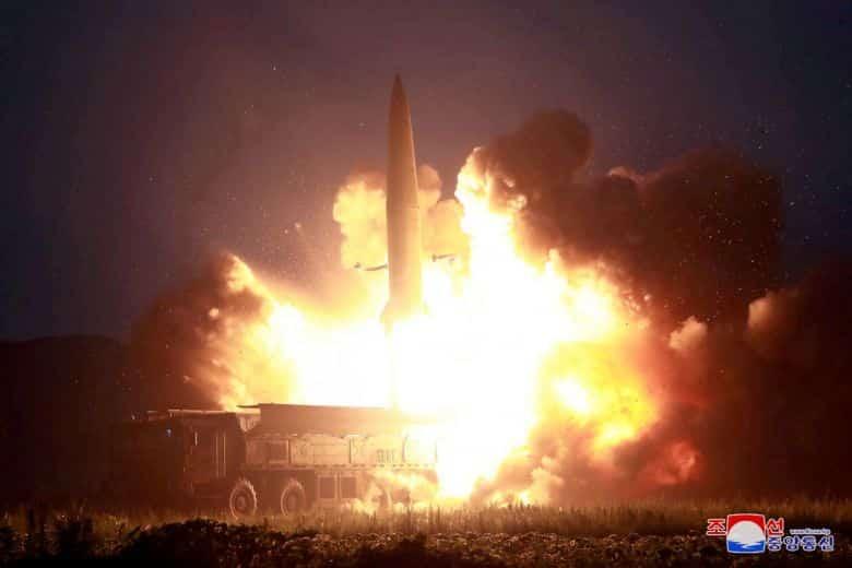 Bắc Hàn lại phóng tên lửa ra bờ biển phía đông