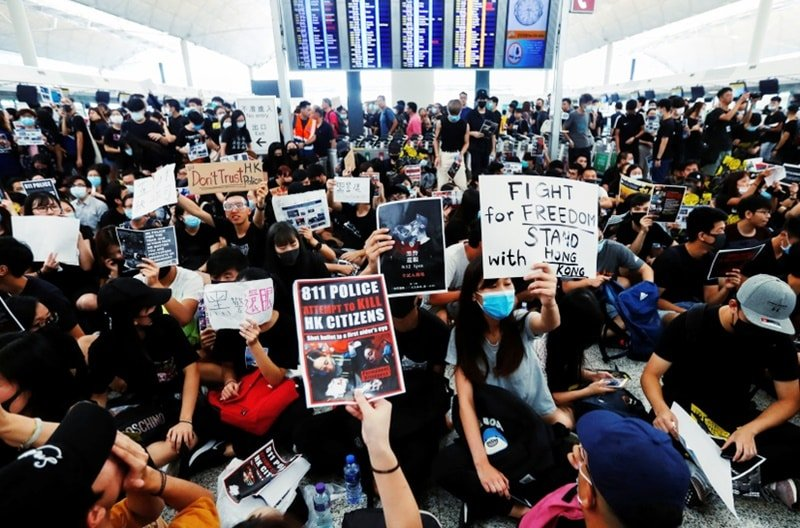 biểu tình Hong Kong