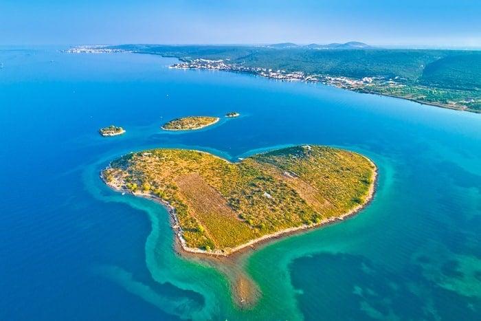 hòn đảo hình trái tim, đảo trái tim